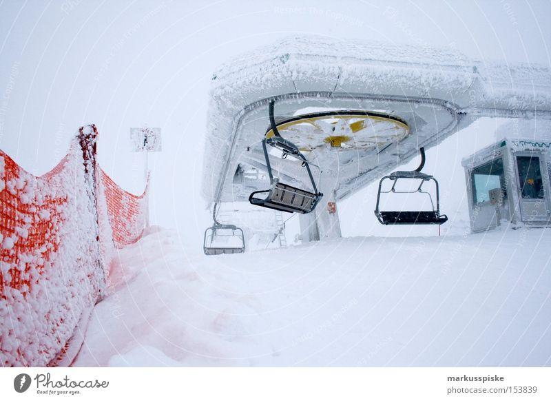 ausstieg panoramabahn obertauern Winter Schnee Berge u. Gebirge Eis Verkehr Österreich Seilbahn Wintersport Personenverkehr Sesselbahn alpin