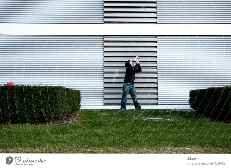HELP!!!!!!!!!!!!!!! Einsamkeit schreien Megaphon Mensch grün Wiese Winter Futurismus Stil Architektur Kommunizieren Mann Metall Körperhaltung