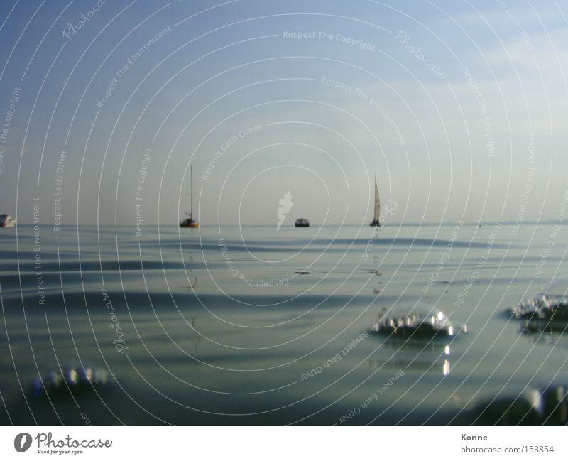ichsaufgleichab Wasserfahrzeug Segelschiff See Gardasee Luftblase Wellen Unschärfe Italien