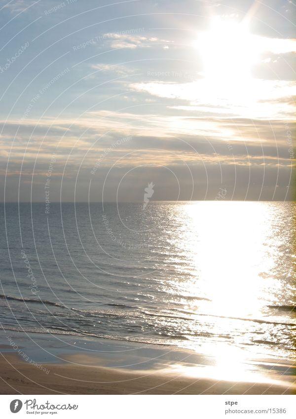 Ein Tag am Meer Wasser Himmel Sonne Wolken Nordsee