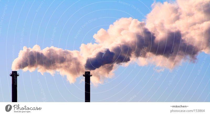 Qualm / global warming Klimawandel Abgas Rauch Turm Industriefotografie Himmel Kohlendioxid Umweltverschmutzung Produktion Stromkraftwerke Heizkraftwerk