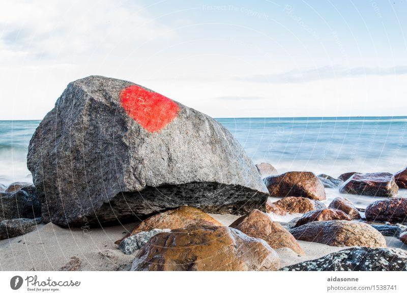 Ostseestrand mit Herz Wasser Landschaft ruhig Winter Horizont Zufriedenheit Wellen Schönes Wetter Vorsicht achtsam