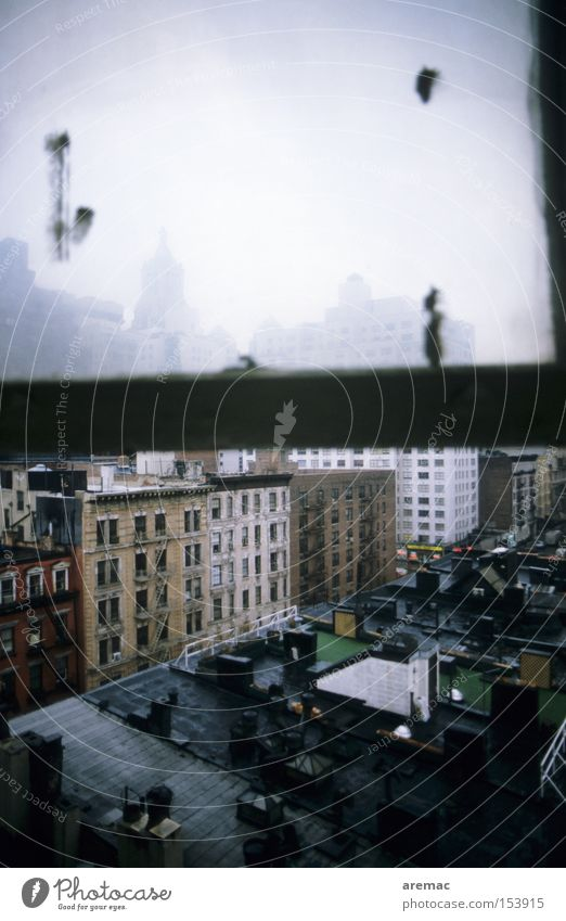 Low Budget Hotel Stadt Haus Fenster Dach verfallen Amerika New York City Manhattan