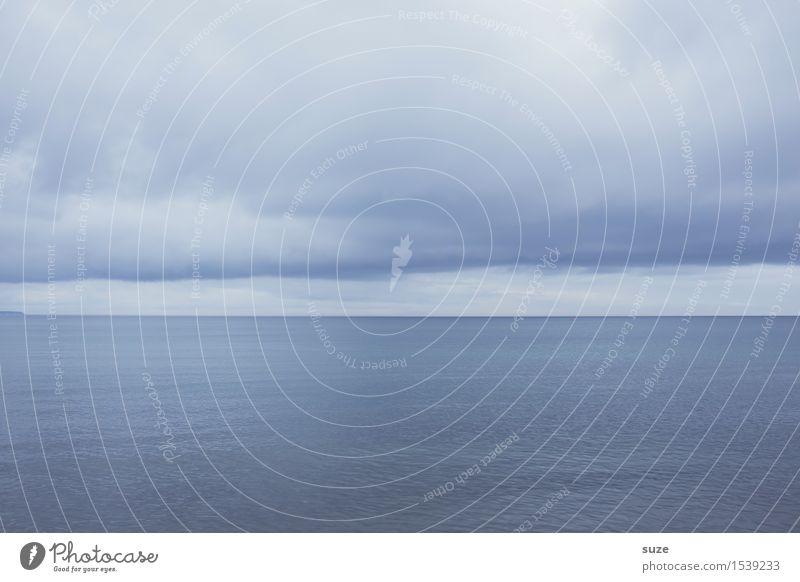 Weit und Breit harmonisch Meditation Umwelt Landschaft Urelemente Luft Wasser Himmel Wolken Horizont Wetter Ostsee Meer einfach kalt maritim weich blau Gefühle