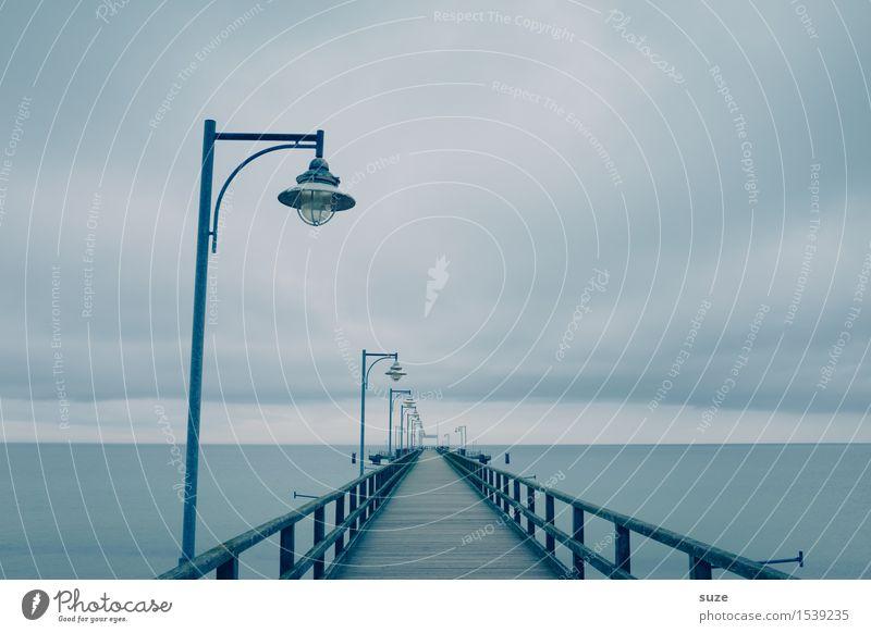 Mittelweg Himmel Natur blau Meer Landschaft Einsamkeit Wolken ruhig kalt Umwelt Wege & Pfade Küste Holz außergewöhnlich Stimmung Horizont