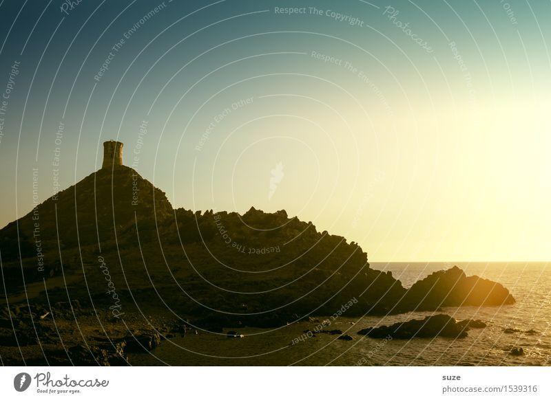 Der letzte Blick Natur Ferien & Urlaub & Reisen alt Pflanze Sommer Meer Landschaft Reisefotografie Berge u. Gebirge Wege & Pfade Küste außergewöhnlich Zeit