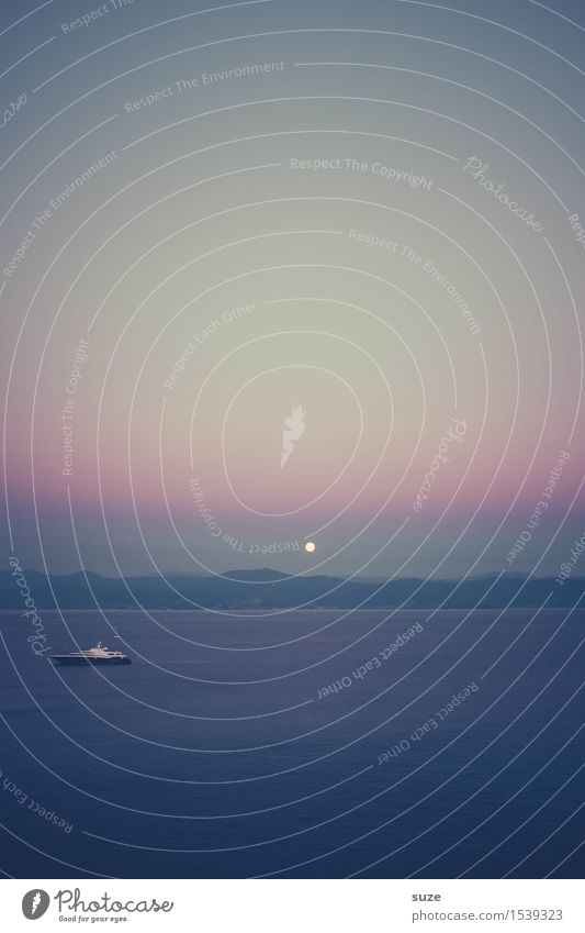 Kleiner Mond Himmel Natur Ferien & Urlaub & Reisen blau Sommer Wasser Meer Landschaft ruhig Ferne Berge u. Gebirge kalt Küste Freiheit Stimmung Horizont