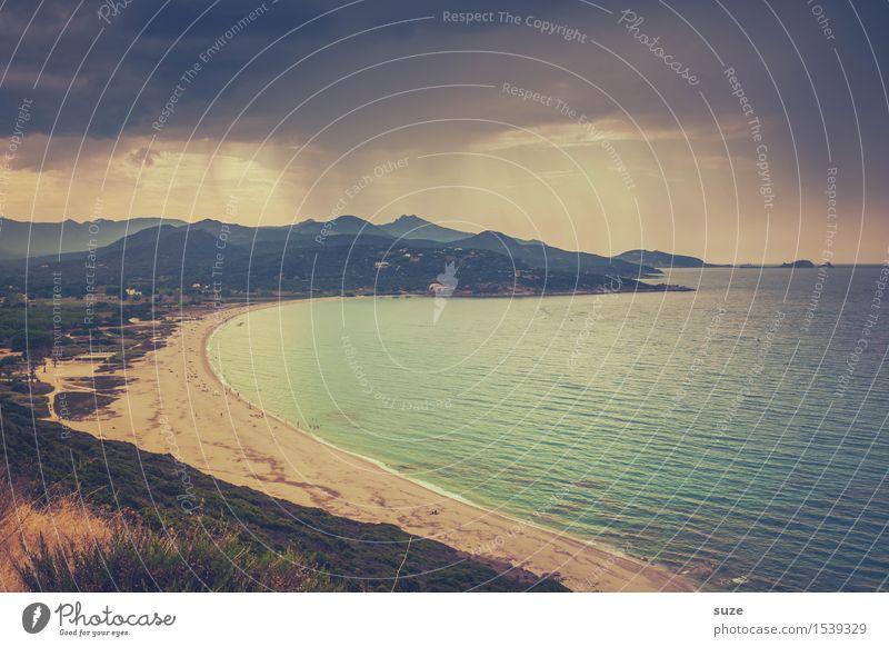 Schauer im Paradies Ferien & Urlaub & Reisen Sommer Meer Einsamkeit Strand Küste Stimmung Sand Tourismus Regen Freizeit & Hobby Wetter Idylle Europa Insel Bucht
