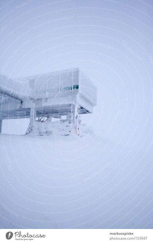ausstieg panoramabahn obertauern Winter Schnee Berge u. Gebirge Eis Station Österreich Schneebedeckte Gipfel alpin Neuschnee Tiefschnee Schneedecke