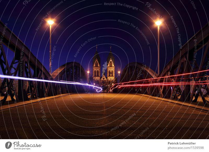 Fahrradbrücke Freiburg Stadt Architektur Religion & Glaube Deutschland Tourismus Verkehr Geschwindigkeit Kirche Europa Fahrradfahren Brücke historisch Bauwerk