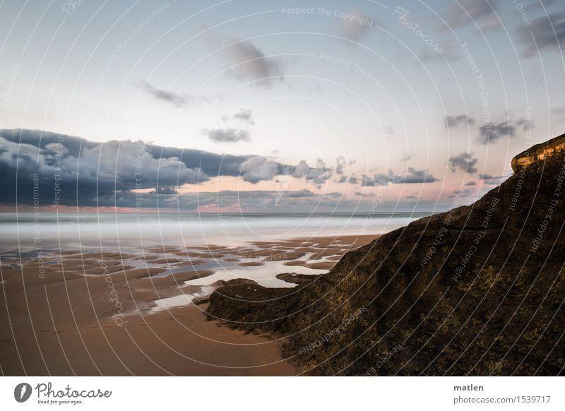 der Tag geht Umwelt Landschaft Sand Wasser Himmel Wolken Horizont Sommer Wetter Schönes Wetter Felsen Wellen Küste Strand Meer frei Wärme blau braun gelb rosa