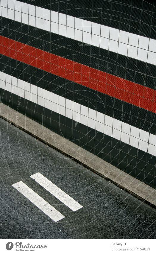 RECCURENCE Tunneleinfahrt Autobahn Straße Muster exemplarisch Grafik u. Illustration Streifen Bürgersteig Verkehrswege