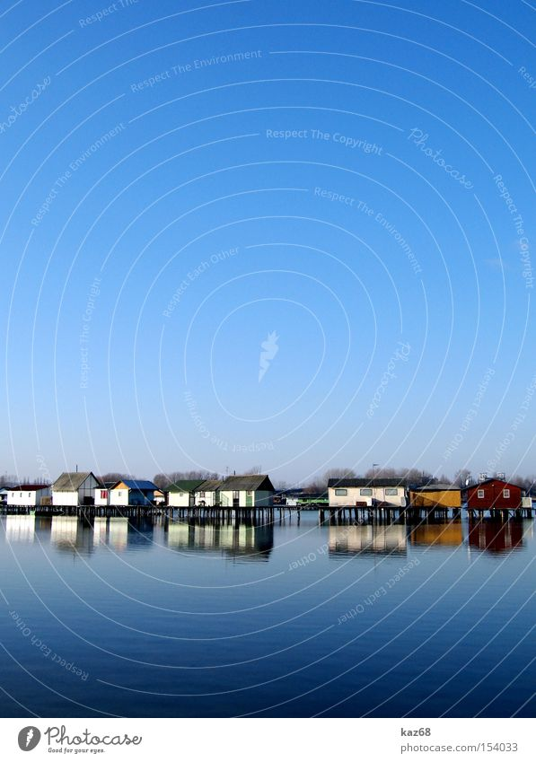 Angelparadies Haus Häusliches Leben See Wasser Angeln Ungar Ungarn Wohnung heimwärts Ferien & Urlaub & Reisen Hütte blau Fischereiwirtschaft