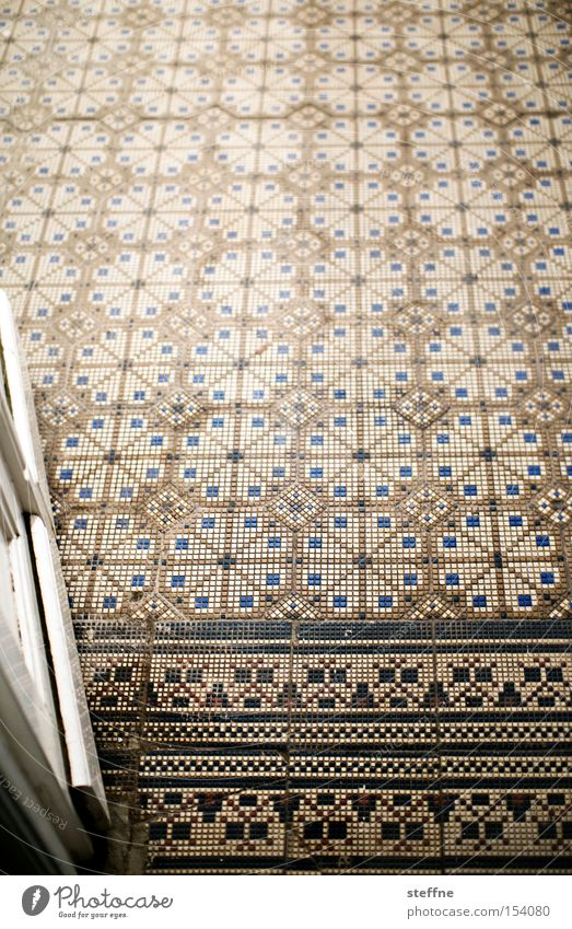 hereinspaziert Architektur Tür Fliesen u. Kacheln Tor historisch Eingang Gutshaus Villa nobel Jugendstil Jugendstilhaus