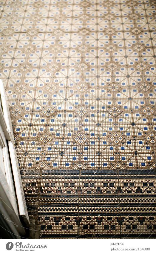 hereinspaziert Tür Eingang Tor Fliesen u. Kacheln Jugendstil Jugendstilhaus nobel Villa Detailaufnahme historisch Architektur