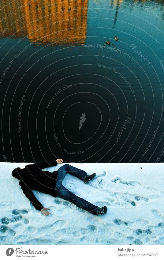-16 Mensch Mann Wasser Winter kalt Schnee Vogel Küste Frost Fluss liegen Seeufer Ente Flussufer Mord Gewässer