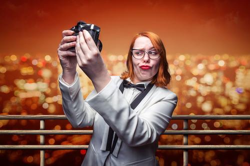 Selfie aus dem Urlaub Ferien & Urlaub & Reisen Tourismus Sightseeing Städtereise Sommer Sommerurlaub Nachtleben Veranstaltung ausgehen Feste & Feiern feminin