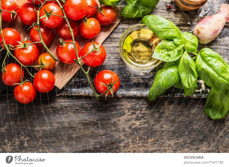 Kirschtomaten mit Basilikum und Olivenöl Gesunde Ernährung gelb Leben Essen Foodfotografie Stil Garten Lebensmittel Design Tisch Kräuter & Gewürze Küche Gemüse