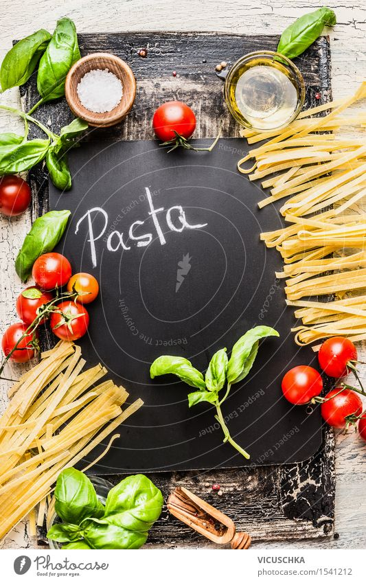 Pasta und Zutaten fürs Kochen Lebensmittel Gemüse Getreide Kräuter & Gewürze Öl Ernährung Mittagessen Abendessen Bioprodukte Vegetarische Ernährung Diät