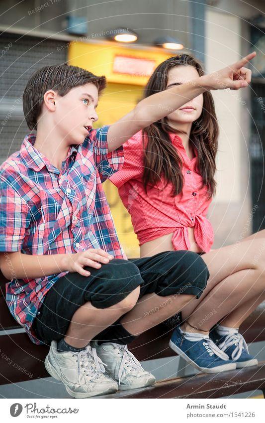 Zeigen Mensch Ferien & Urlaub & Reisen Jugendliche Sommer schön Junge Frau Junger Mann feminin Stil Lifestyle Paar Zusammensein Tourismus maskulin 13-18 Jahre