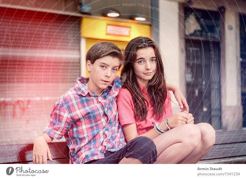 Porträt Lifestyle Freude Sommer Mensch maskulin feminin Junge Frau Jugendliche Junger Mann Geschwister Bruder Schwester 2 13-18 Jahre schön einzigartig Bank