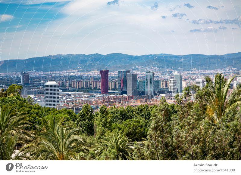 Panorama - Barcelona - Palmen Lifestyle Reichtum Stil Ferien & Urlaub & Reisen Tourismus Ferne Sightseeing Städtereise Sommerurlaub Umwelt Natur Himmel Wolken