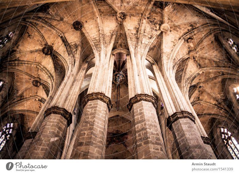 Kathedrale - Säulen Stil Design Ferien & Urlaub & Reisen Sightseeing Barcelona Kirche Dom kapitel Sehenswürdigkeit alt ästhetisch dunkel groß historisch hoch