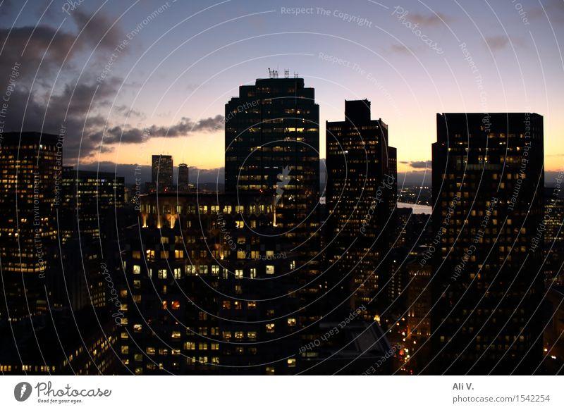 Großstadtlichter Wolken Sonnenaufgang Sonnenuntergang Schönes Wetter Boston Stadt Stadtzentrum bevölkert Hochhaus Turm Gebäude Architektur Fenster Dach blau