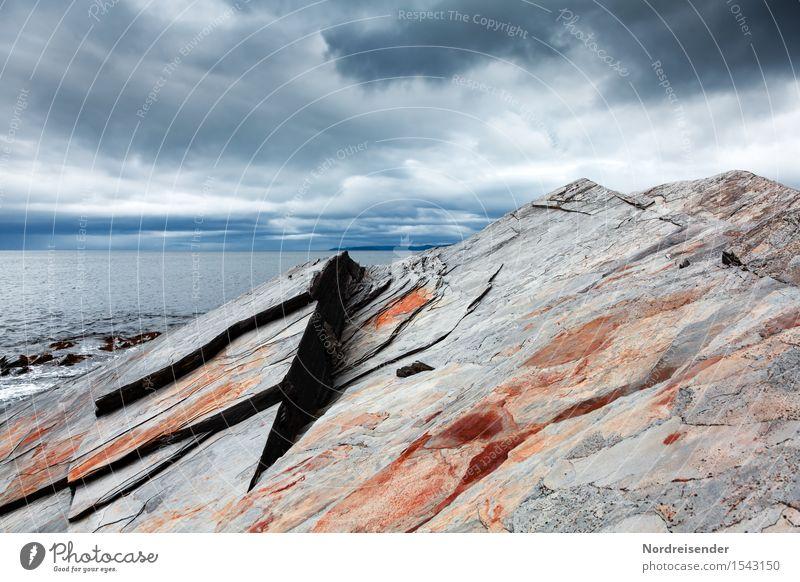 Barentssee Himmel Ferien & Urlaub & Reisen Wasser Meer Einsamkeit Ferne dunkel Küste außergewöhnlich Freiheit Stein Luft bedrohlich Abenteuer Urelemente Trauer