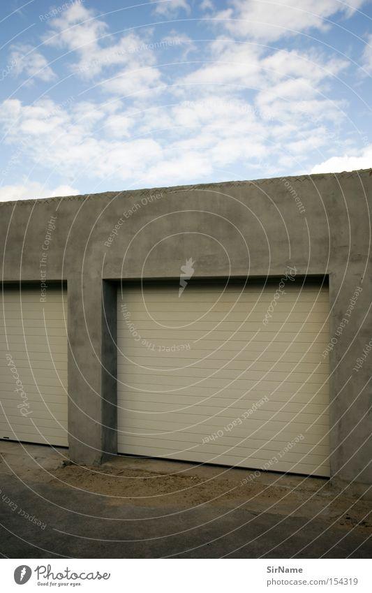 50 [garage nouveau] Architektur geschlossen KFZ Sportveranstaltung Blauer Himmel Konkurrenz Garage Warmes Licht abstrakt Garagentor