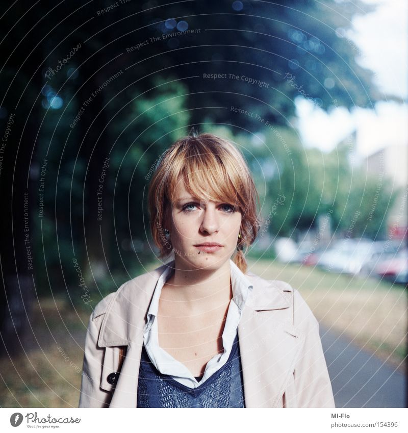 t.r. berlin Sommer Straße Porträt Jacke Mittelformat Kreuzberg Juli