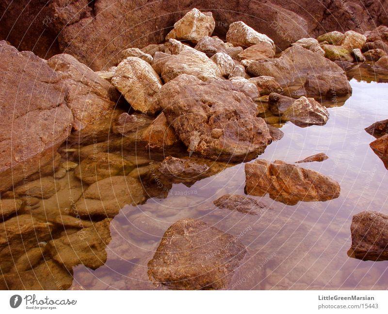 felsen im wasser Wasser ruhig Stein Felsen