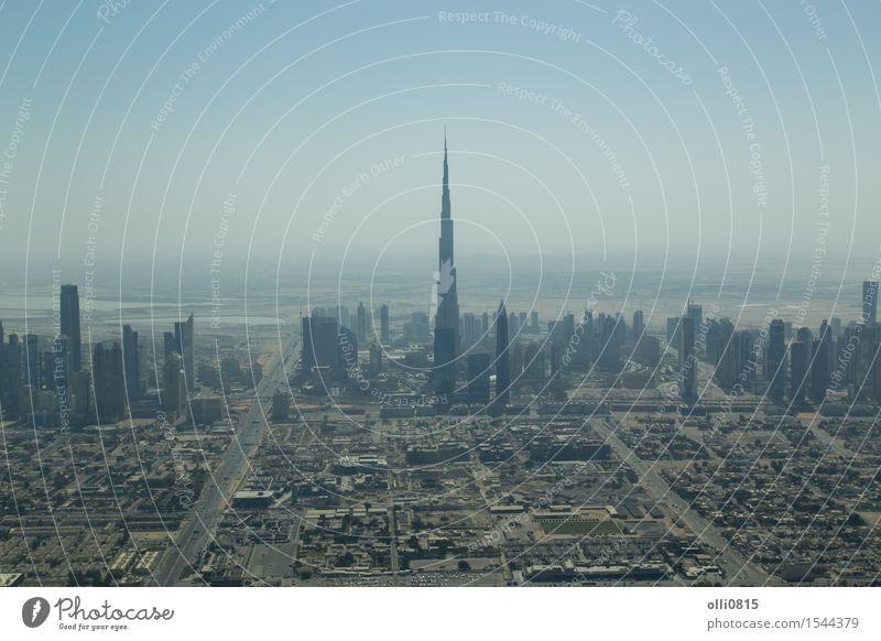 Dubai Skyline Luftaufnahme Ferien & Urlaub & Reisen Stadt Haus Architektur Gebäude Tourismus Hochhaus Aussicht Asien Höhe Tourist beeindruckend schemenhaft