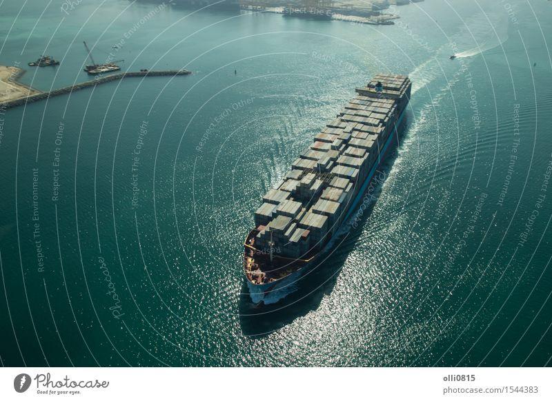 Frachtcontainerschiff Luftaufnahme Meer Industrie Güterverkehr & Logistik Hafenstadt Verkehr Containerschiff Wasserfahrzeug Stadt Dubai Reiseziele
