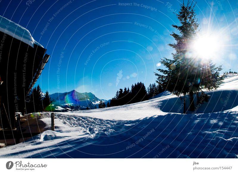 auf ein neues! Sonne Winter kalt Schnee Berge u. Gebirge Beleuchtung Klarheit Baum Tanne Hütte Schneelandschaft Alm