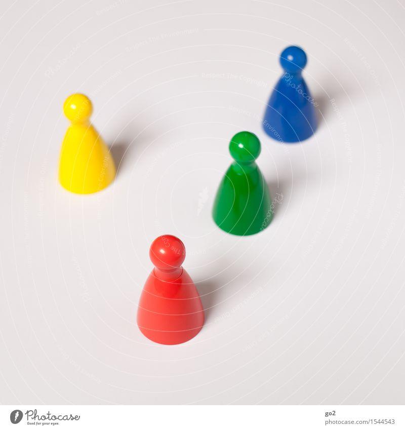 Bunte Kegel blau grün rot gelb sprechen Spielen Freizeit & Hobby Kommunizieren einzigartig Team Partnerschaft Sitzung Teamwork Identität Konkurrenz