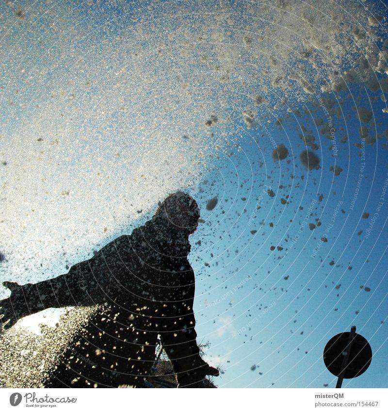 Schneeballschlacht, und Action! Winter Freude Spielen Schneefall modern Aktion Schönes Wetter Mensch Lichtspiel Winterurlaub Verkehrsschild Winterpause