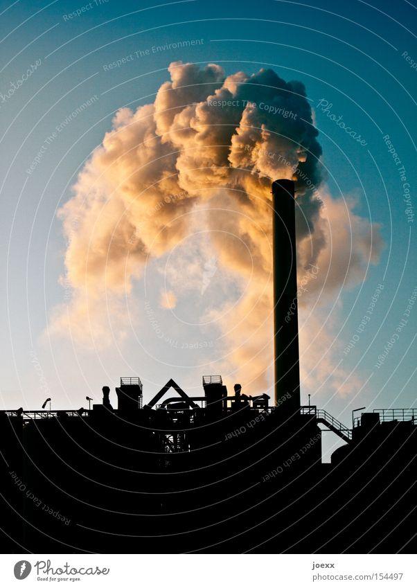 Räucherstäbchen II Himmel Natur Umwelt Klima Industrie Industriefotografie viele Rauch Fabrik Wolkenloser Himmel Umweltschutz Abgas Schornstein Klimawandel Umweltverschmutzung Industrieanlage