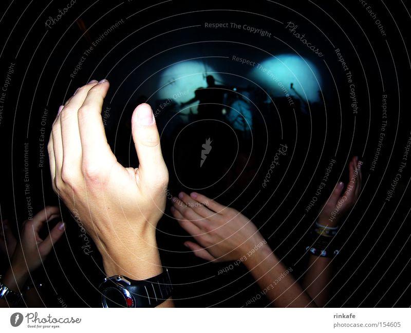 alkbottle Hand Musik Stimmung Uhr Konzert Band Menschenmenge Bühne Fan