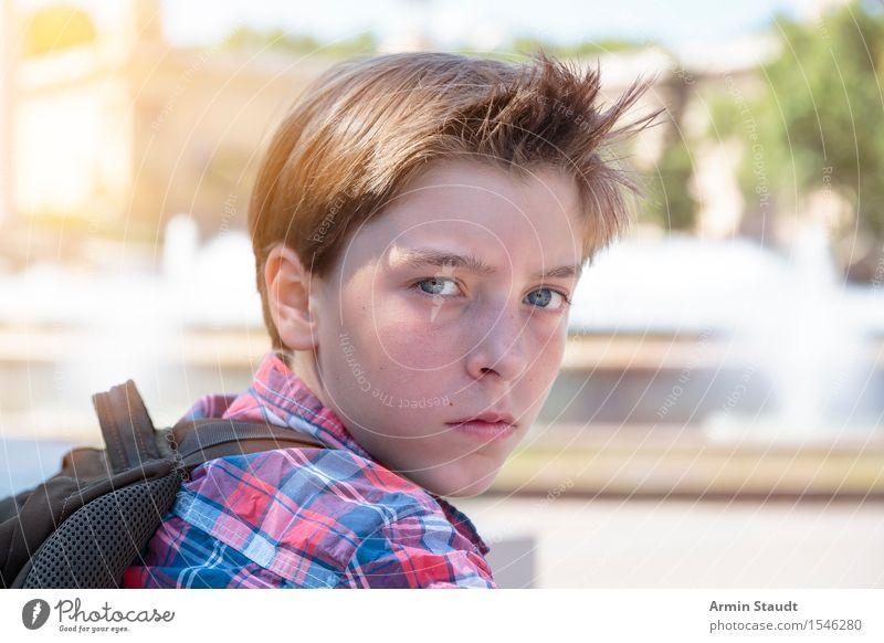 Müder Tourist Lifestyle Freizeit & Hobby Ferien & Urlaub & Reisen Tourismus Ausflug Abenteuer wandern Mensch maskulin Junger Mann Jugendliche Kopf 1 13-18 Jahre