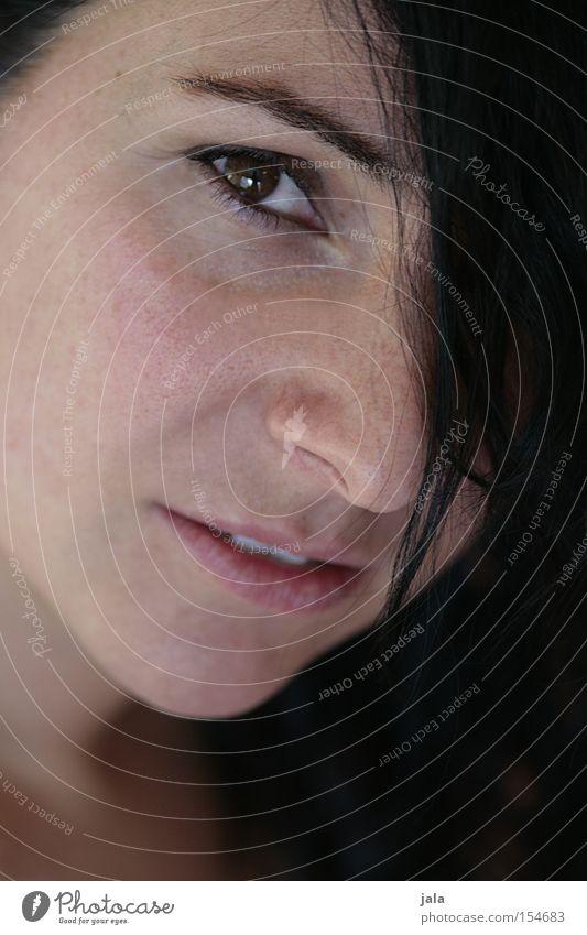 bist du wirklich bei mir Frau Gesicht Auge Gefühle Hoffnung Vertrauen Momentaufnahme unsicher durchdringend