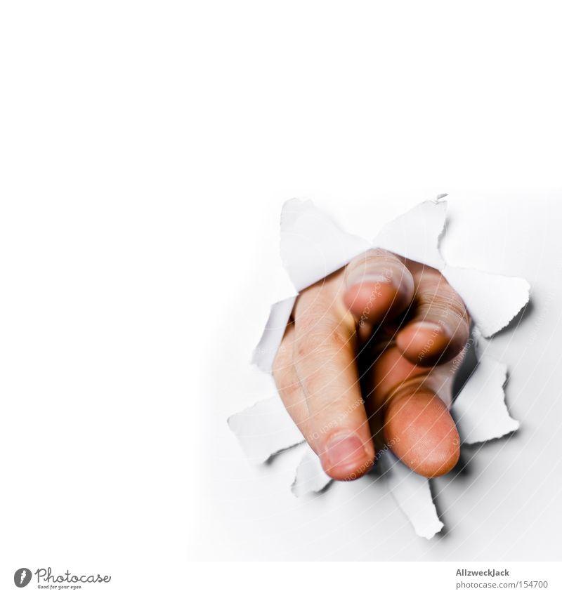 Handout entwenden Diebstahl Wand Durchbruch Fetzen geheimnisvoll greifen Finger weiß Konzentration gefährlich obskur handout