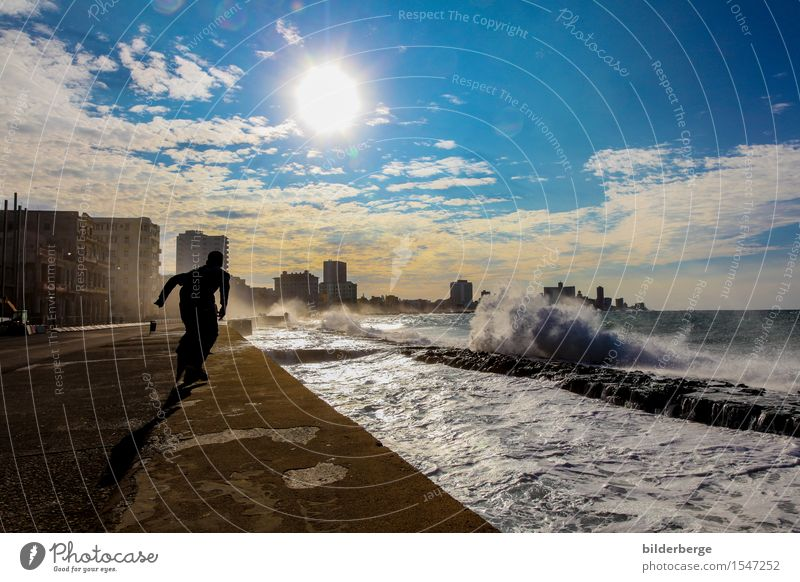 auf dem Malecón Lifestyle Ferien & Urlaub & Reisen Sommer Sonne Meer Mensch Kunst Küste Hauptstadt Gefühle Abenteuer Havanna bilderberg Brandung Fotografie