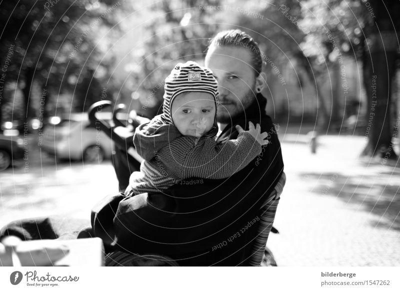 im blick Mensch Jugendliche Stadt Junger Mann Erwachsene Gefühle Berlin Lifestyle Familie & Verwandtschaft Mode Tourismus Kindheit kaufen entdecken Hauptstadt