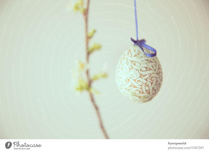 Ornamentenei blau Frühling Ostern Zweig Blütenknospen hängen Ei Schleife Osterei Ornament selbstgemacht
