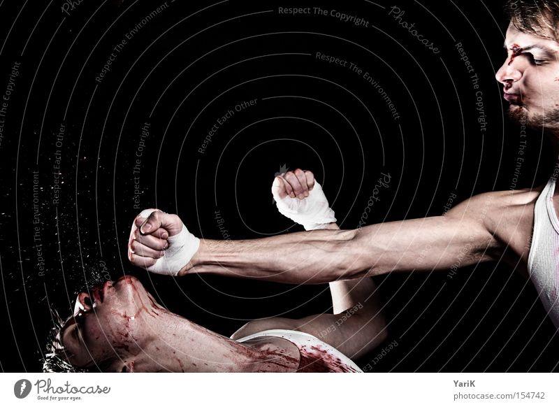 nachschlag Gesicht Kraft Kraft Blut kämpfen spritzen hart Schlag Faust Kampfsport Boxsport Schweiß Hand Kickboxen Blutfleck