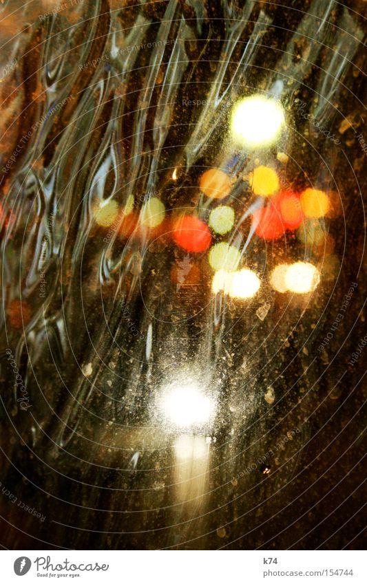 liquid lights liquide Flüssigkeit fließen Beleuchtung Strahlung Straße Nacht Punkt mehrfarbig Außenseiter Einsamkeit Isolierung (Material) Ferne unklar