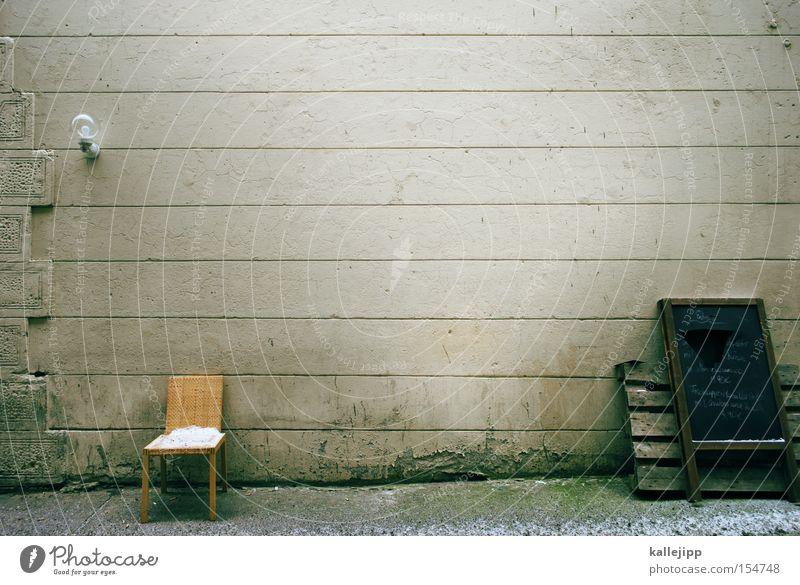 tafelrunde Wand Mauer Schilder & Markierungen Stuhl Müll Gastronomie Restaurant Tafel Sitzgelegenheit Auftrag Empörung