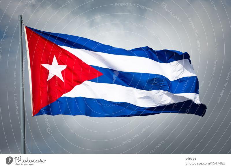 Cuba, wohin die Reise führt... Wolken schlechtes Wetter Wind Kuba Fahne leuchten ästhetisch authentisch Originalität positiv blau rot weiß Ehre Einigkeit loyal