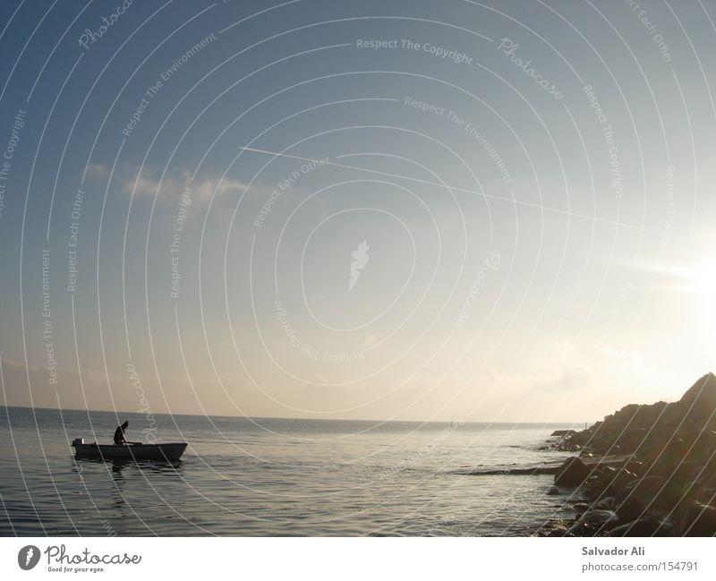 Fischer ohne Fritze Meer Stein Küste Felsen Europa Netz Freizeit & Hobby Seeufer Ostsee Angeln Dänemark Motorboot Langeland Dorsch